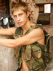 Military jock Jack Harrer shows his long dick - Gay boys pics at Twinkest.com