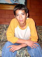 Straight thai boy solo scene - Gay boys pics at Twinkest.com