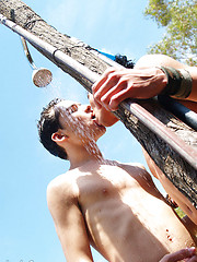 Hot gay smut in the outdoor shower - Gay boys pics at Twinkest.com