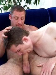 Huge old bear plows younger twink butt - Gay boys pics at Twinkest.com