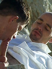 Fresh lad gets butt-fucked alfresco - Gay boys pics at Twinkest.com