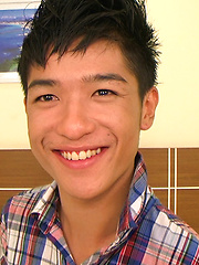 Cute Asian boy Omn Namhot get played up and and his smooth body oiled - Gay boys pics at Twinkest.com