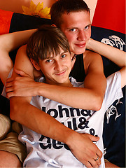 Two sexy boys fuck - Gay boys pics at Twinkest.com