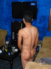 Dante is a hot 18 year old latino boy - Gay boys pics at Twinkest.com