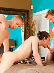 3 hot twinks fucking - Gay boys pics at Twinkest.com