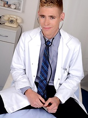 The Doctor Will See You Now – And For This Cute Student That Means A Hard, Raw Ass-Fuck! - Gay boys pics at Twinkest.com