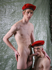 Young twink recruits need alot to keep themselves entertained these days - Gay boys pics at Twinkest.com