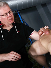 Edged To A Cum Fountain - Gay boys pics at Twinkest.com