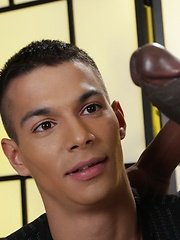 Keeping Fit? Will Sims Keeps Active By Working Out On A Big, Meaty, Uncut Black Cock! - Gay boys pics at Twinkest.com