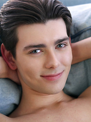 Zachary Daniels - Gay boys pics at Twinkest.com