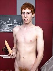 Big Dicked Bator Boy Cody - Gay boys pics at Twinkest.com