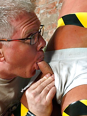 Slave Boy Made To Squirt - Gay boys pics at Twinkest.com
