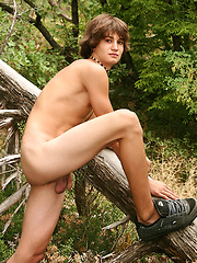 RENE - Gay boys pics at Twinkest.com