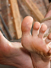 Ashton Loves His Foot Fucking - Gay boys pics at Twinkest.com