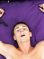 Evan Drains Jacobey Of A Load - Gay boys pics at Twinkest.com
