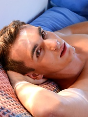 Early Morning Getaway Becomes An Early Morning Ass-Stretching For A Dick-Lovin' Beauty! - Gay boys pics at Twinkest.com