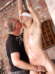 Pleasure And Pain For Slippery Zac - Gay boys pics at Twinkest.com