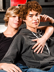 these two Helix baby boys suck on each others sweet parts & Jesse gives greco the goods - Gay boys pics at Twinkest.com