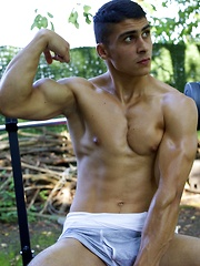 Muscle lovers beware, Rodrigo is one muscular stud