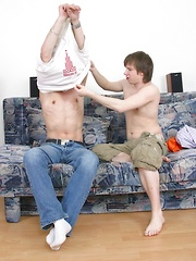 Jack and Zack fuck each other hard on the sofa. - Gay boys pics at Twinkest.com