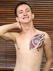 A Massive Dildo Sexy Skyler - Gay boys pics at Twinkest.com
