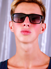 Aiden premier photoshoot - Gay boys pics at Twinkest.com