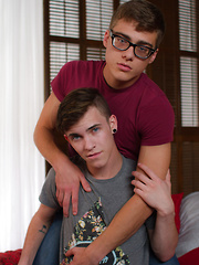 Introducing Cameron Lane - Gay boys pics at Twinkest.com