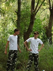 Jungle Love - Gay boys pics at Twinkest.com